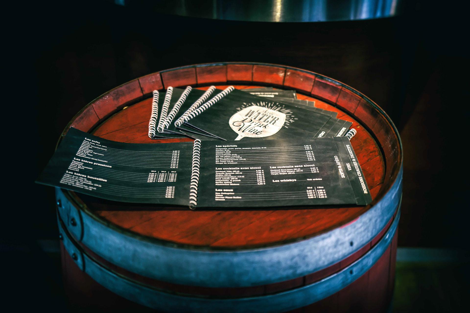 Carte des boissons avec reliure spirale